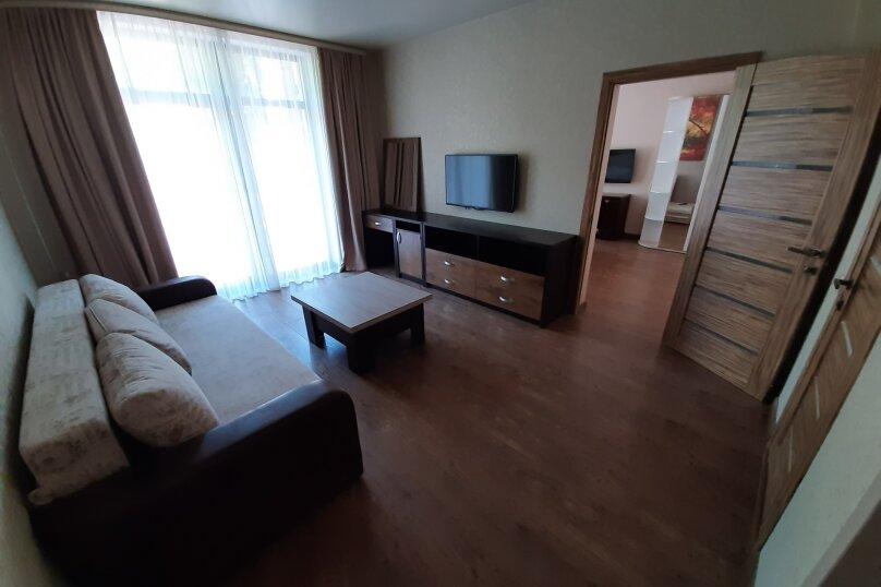 Семейный 2х комнатный, улица Левитана, 3Г, Алупка - Фотография 1