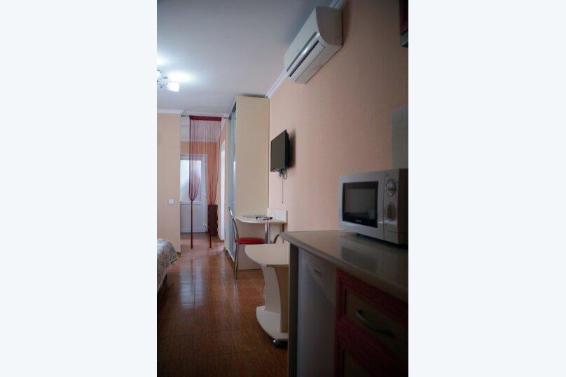 Отдельная комната, улица Партизана Сысоева, 9, Судак - Фотография 1