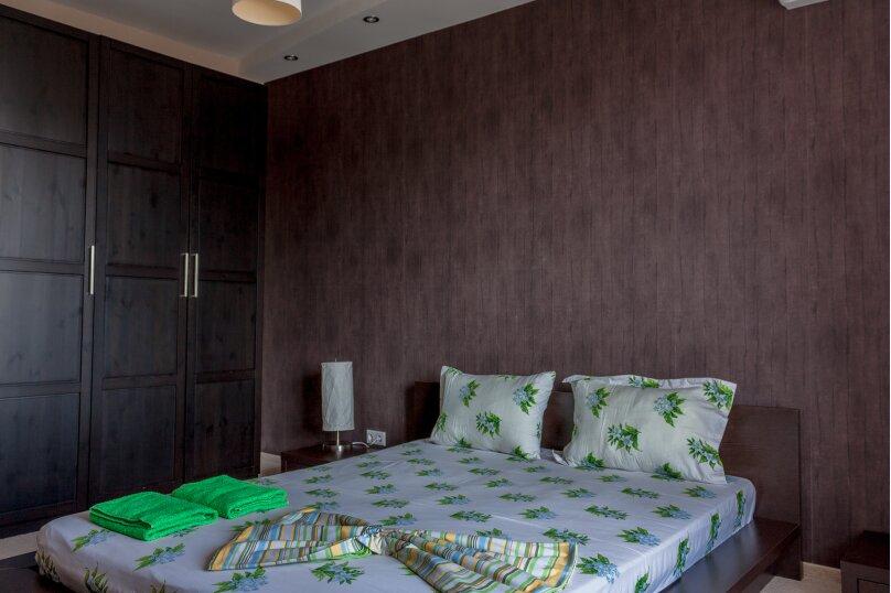 2-комн. квартира, 70 кв.м. на 4 человека, Чуйкова, 37, Волгоград - Фотография 6