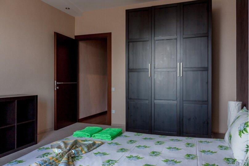 2-комн. квартира, 70 кв.м. на 4 человека, Чуйкова, 37, Волгоград - Фотография 9