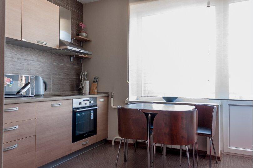 2-комн. квартира, 70 кв.м. на 4 человека, Чуйкова, 37, Волгоград - Фотография 34