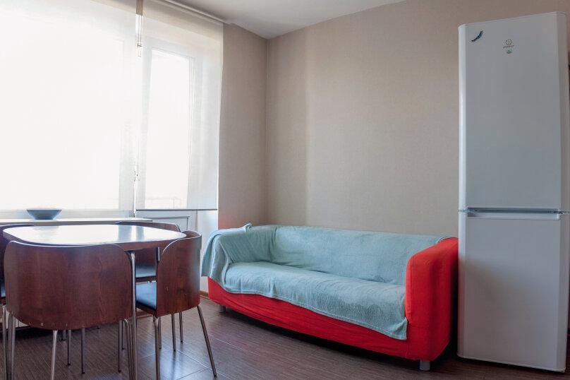 2-комн. квартира, 70 кв.м. на 4 человека, Чуйкова, 37, Волгоград - Фотография 35