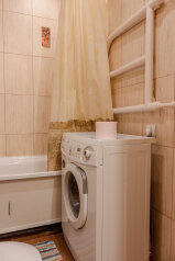 2-комн. квартира, 47 кв.м. на 4 человека, улица Канунникова, 3, Ворошиловский район, Волгоград - Фотография 2