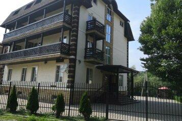 Гостевой дом , Заречный микрорайон, 1Б на 22 номера - Фотография 1