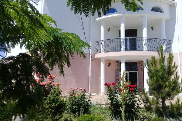 Гостевой дом, район Меганома,СНТ Солнечная долина на 15 номеров - Фотография 1