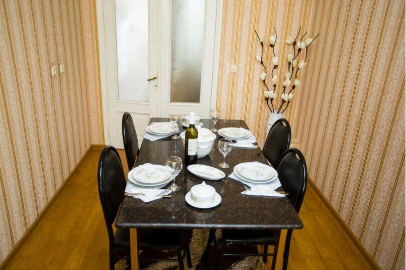 3-комн. квартира, 100 кв.м. на 6 человек, улица Иусуфа Кобаладзе, 8, Батуми - Фотография 8