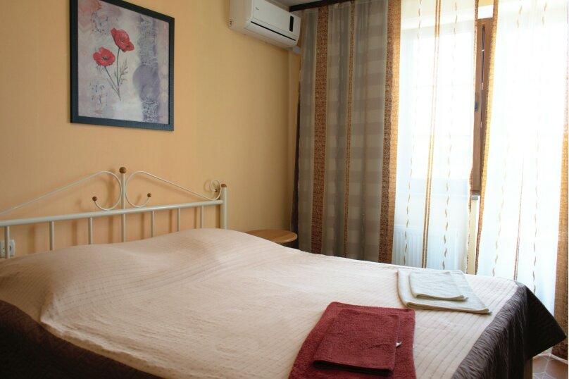2-х комнатный, до 4-х человек, с мини-кухней (2-ярусная кровать), Насыпная, 10, Феодосия - Фотография 1