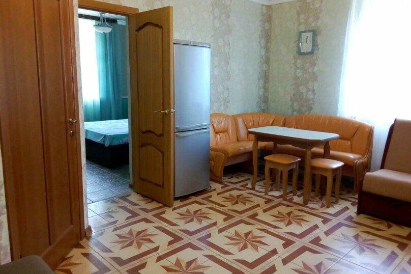 Отдельный коттедж с кухней , 80 кв.м. на 5 человек, 1 спальня, Ленина, 131, Кучугуры - Фотография 46