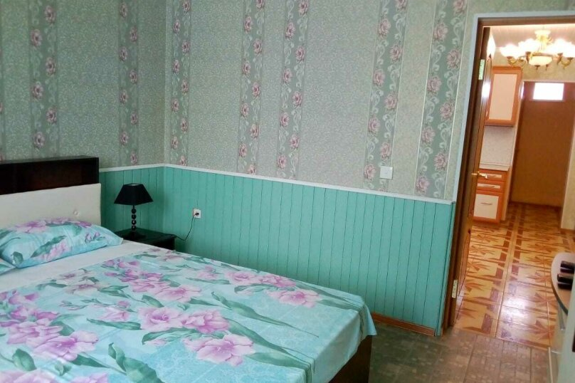 Отдельный коттедж с кухней , 80 кв.м. на 5 человек, 1 спальня, Ленина, 131, Кучугуры - Фотография 49