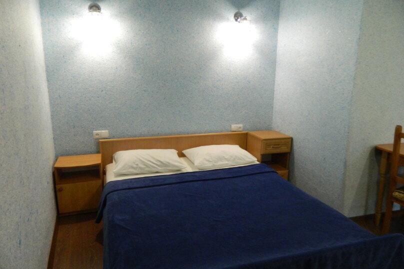 """Гостевой дом """"Сказочный"""", Уютная, 21 на 10 комнат - Фотография 42"""