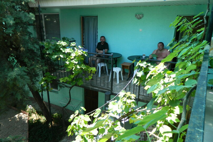"""Гостевой дом """"Сказочный"""", Уютная, 21 на 10 комнат - Фотография 33"""