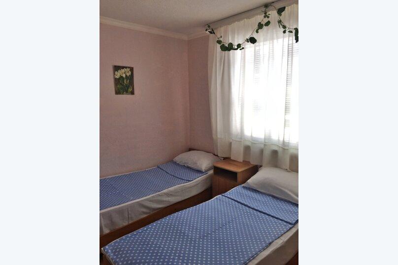 Домик с двориком, 35 кв.м. на 4 человека, 2 спальни, Курзальная улица, 40, Геленджик - Фотография 1