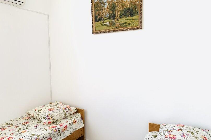 Номер 6, улица Майора Витязя, 2, Витязево - Фотография 2
