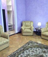 2-комн. квартира, 65 кв.м. на 5 человек, Боткинская улица, 3Б, Ялта - Фотография 1