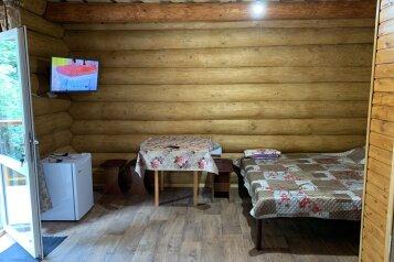 """Гостевой дом """"Крымская Изба"""", Алупкинское шоссе, 54Б на 5 комнат - Фотография 1"""