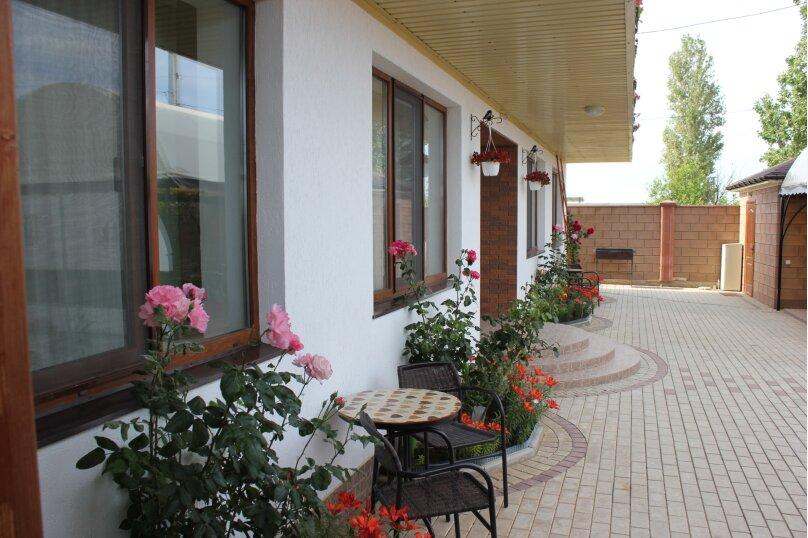 """Мини-гостиница """"Приморская"""", Приморская улица, 5 на 9 номеров - Фотография 3"""