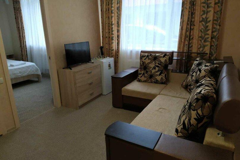 2х комнатный семейный , улица Вересаева, 12, Феодосия - Фотография 1