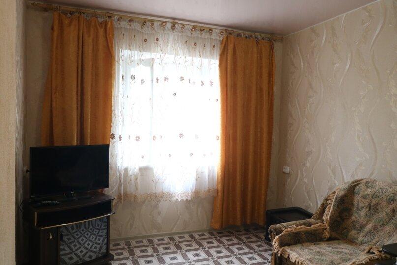 Двух комнатный семейный дом, 65 кв.м. на 5 человек, 2 спальни, улица Озен Бою, 1, Морское - Фотография 8