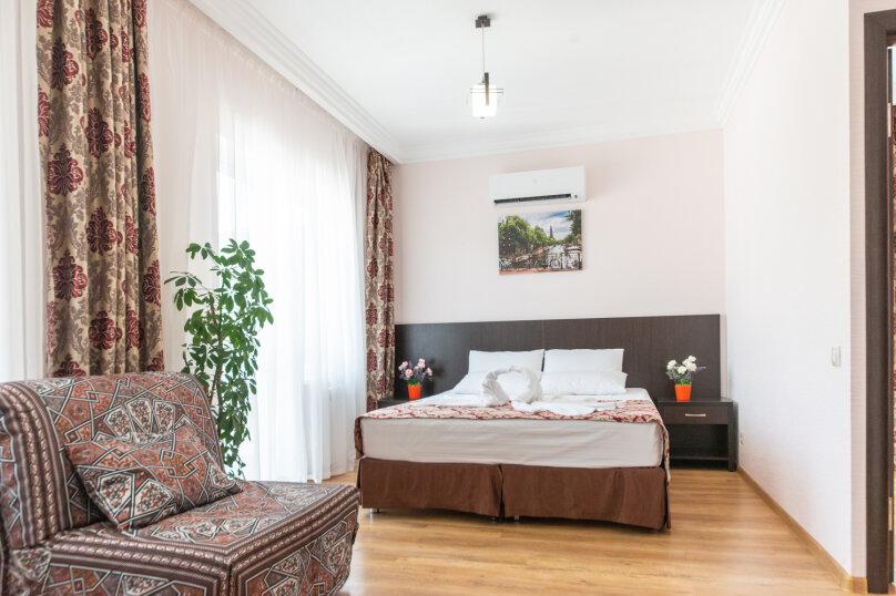 Семейный двухкомнатный с балконом, Радужная, 5, Кабардинка - Фотография 1