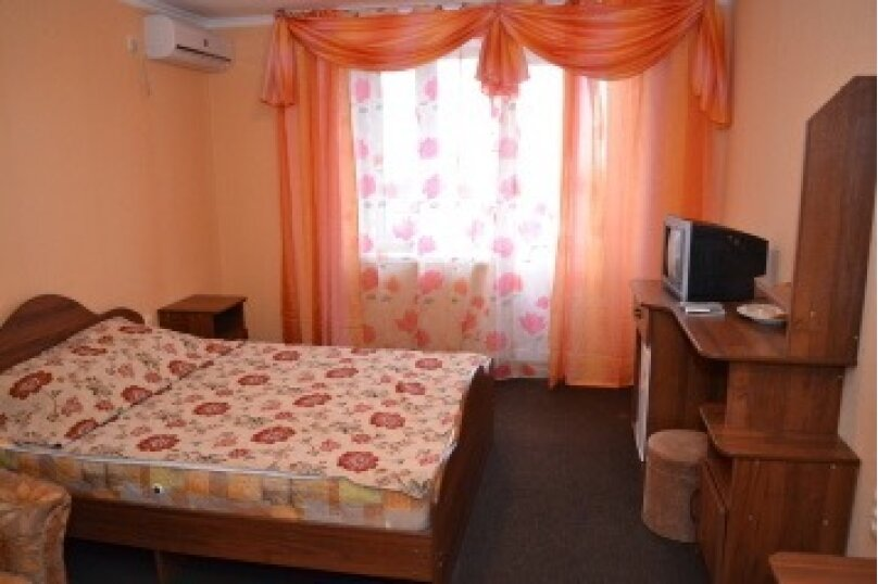 Гостевой дом «Анжела», улица Горького, 86 на 30 комнат - Фотография 13