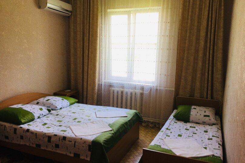 """Гостевой дом """"Джалала"""", Приморская улица, 23 на 6 комнат - Фотография 10"""