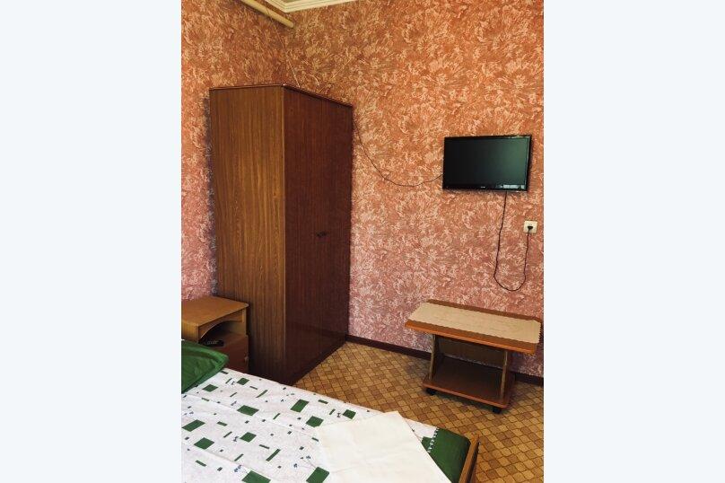 """Гостевой дом """"Джалала"""", Приморская улица, 23 на 6 комнат - Фотография 13"""