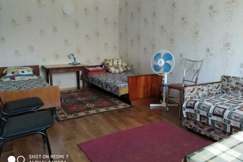 Номер на 1 этаже, Морская, 21, Феодосия - Фотография 1