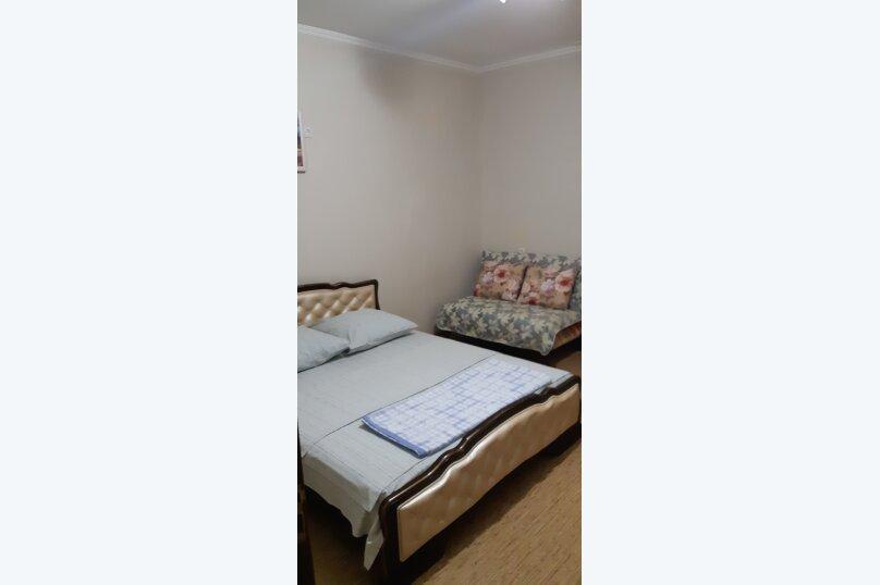 Частный дом 2x комнатный, 45 кв.м. на 4 человека, 2 спальни, Сурожская улица, 13, Судак - Фотография 24