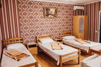 Гостиница, улица Ленина, 100 на 15 комнат - Фотография 1