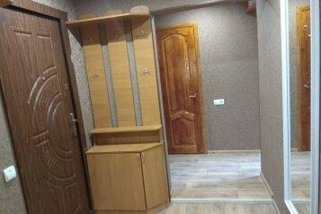 2-комн. квартира, 51 кв.м. на 4 человека, Советская улица, 6, Саки - Фотография 2