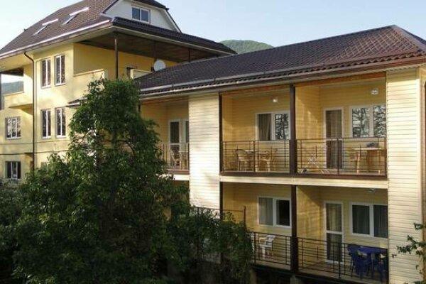 Частное домовладение , улица Лазарева, 170 на 6 номеров - Фотография 1