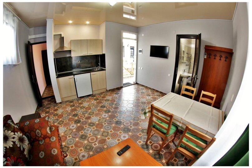 номер люкс с кухней, Тельмана, 101, Геленджик - Фотография 4