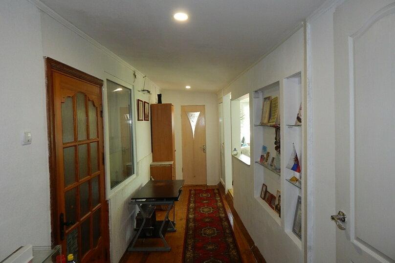 Дом 2 спальни второй этаж отдельный вход, 70 кв.м. на 6 человек, 2 спальни, улица Пуцатова, 10, Алушта - Фотография 16