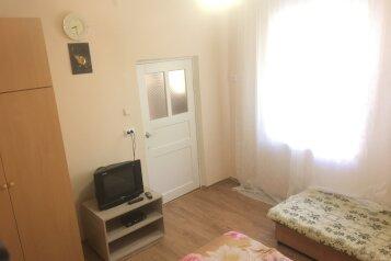 Дом Евпатория , 50 кв.м. на 6 человек, 2 спальни, проезд Некрасова, 17, Евпатория - Фотография 2