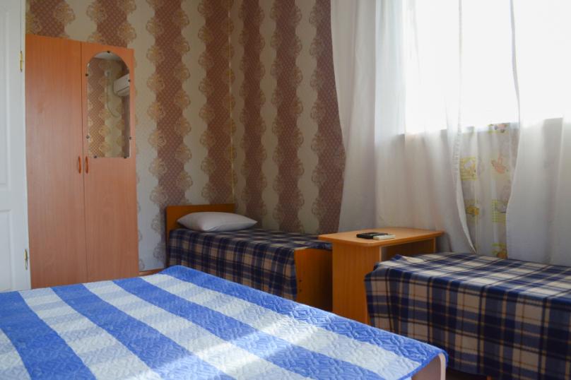 """Гостевой дом """"Blaga Inn"""", Таманская, 153/2 на 15 комнат - Фотография 15"""