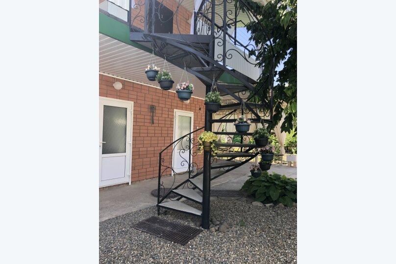 """Гостевой дом """"Орлиное Гнездо"""", Нижнесадовая улица, 242 на 3 комнаты - Фотография 21"""
