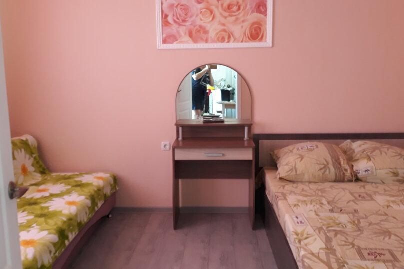 "Гостевой дом ""На Комарова 6"", улица Комарова, 6 на 1 комнату - Фотография 11"