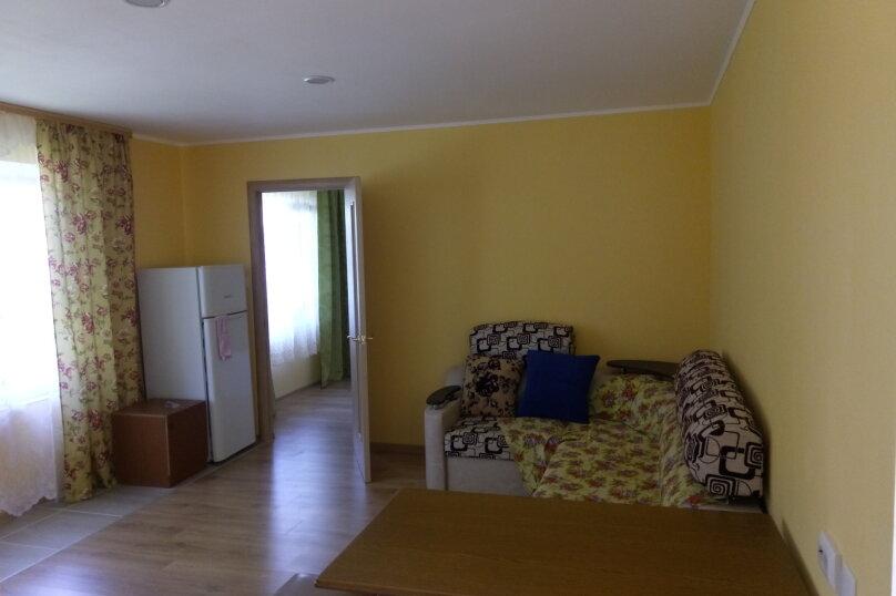 номер 12,  2 комнатный с кондиционером  , улица Новосёлов, 27, Витязево - Фотография 1
