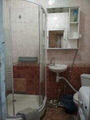 2-комн. квартира, 45 кв.м. на 6 человек, улица 15 Апреля, 12, Алушта - Фотография 4