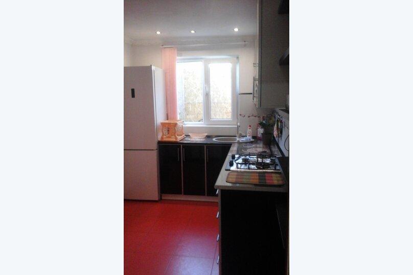 Дом, 80 кв.м. на 5 человек, 2 спальни, улица Ломоносова, 12, Судак - Фотография 13