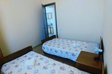 Дом, 60 кв.м. на 4 человека, переулок Рехи, 27А, Тбилиси - Фотография 4