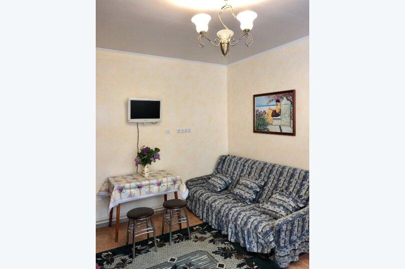 Комната с отдельным входом, 16 кв.м. на 4 человека, 1 спальня, Гагариной , 8г, Алушта - Фотография 2