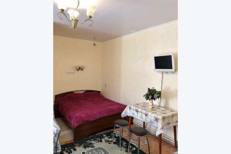 Комната с отдельным входом, 16 кв.м. на 4 человека, 1 спальня, Гагариной , 8г, Алушта - Фотография 3
