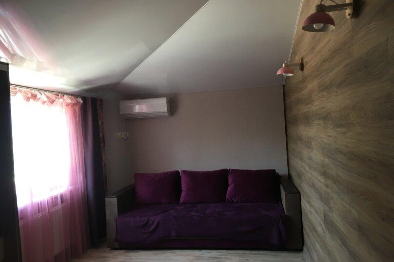 Дом, 120 кв.м. на 8 человек, 2 спальни, Водоемная улица, 6А, село Лавровое - Фотография 5