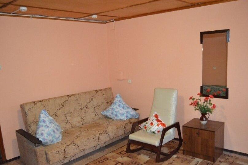 Дом у моря, 50 кв.м. на 6 человек, 2 спальни, Рабочая улица, 2, Ейск - Фотография 1