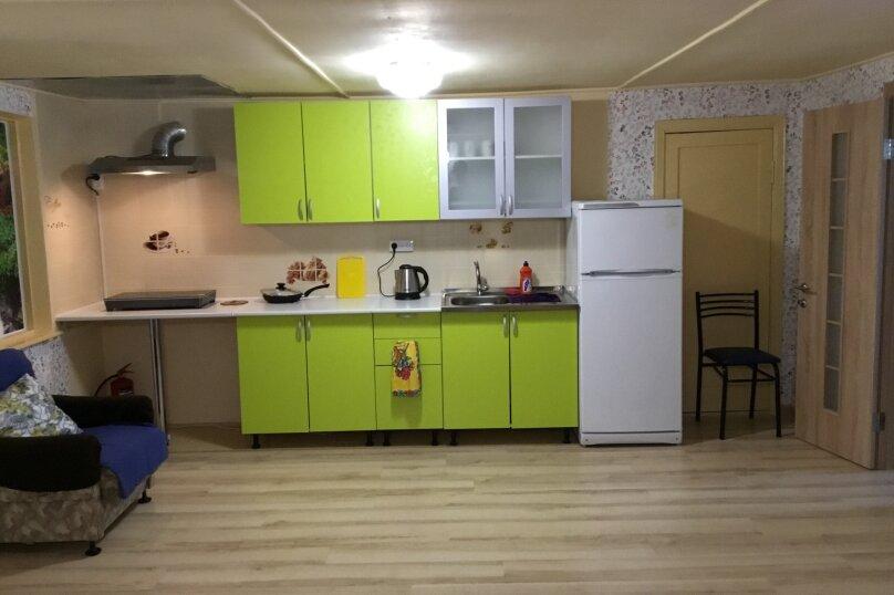 Частный сектор, 67 кв.м. на 8 человек, 2 спальни, Черноморская , 135а, Анапа - Фотография 2