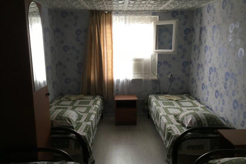 Частный сектор, 67 кв.м. на 8 человек, 2 спальни, Черноморская , 135а, Анапа - Фотография 3