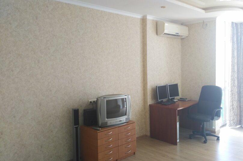1-комн. квартира, 55 кв.м. на 4 человека, Античный проспект, 64к3, Севастополь - Фотография 2