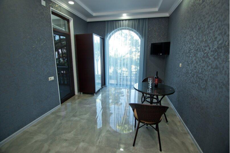 """Гостевой дом """"House at the Sea"""", 3-й переулок Кавтарадзе, 89 на 9 комнат - Фотография 70"""
