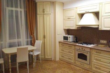 1-комн. квартира, 55 кв.м. на 4 человека, Античный проспект, 64к3, Севастополь - Фотография 1
